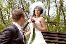 Free Happy Couple Outdoor Stock Photography - 14851022