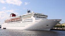 Free Luxury White Cruise Ship Stock Photo - 14852610