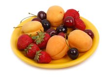 Free Fruits On The Yellow Plate Stock Photos - 14855443