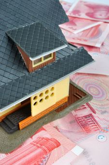 Free House Model On Money Notes Royalty Free Stock Photography - 14859857