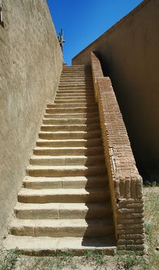 Free Old Stairs Royalty Free Stock Photos - 14867548