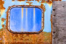 Free Rust Structures And  Window Of Old Steam Engine Royalty Free Stock Photos - 14871168