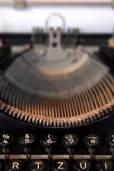 Free Close-up Of An Old Typewriter Royalty Free Stock Photos - 14871398