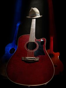 Free Acoustic Guitars On The Stage Royalty Free Stock Photography - 14871977