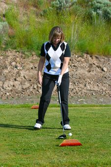 Free Female Golfer Royalty Free Stock Images - 14872549