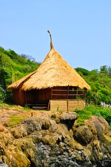 Bamboo Hut On Cliff Royalty Free Stock Photos