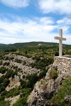 Free Cross On Mountain Royalty Free Stock Photos - 14877628