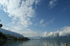 Free View Of Lake Geneva And The Alps Royalty Free Stock Photo - 14884485
