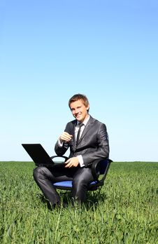 Free Young Businessman Working Outdoor Stock Photos - 14894323