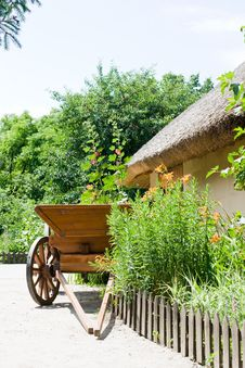 Free Wooden Cart At The Shed Stock Photography - 14894952