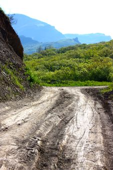 Road In The Mountains In Crimea Royalty Free Stock Images