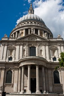 Free St Paul Cathedral Royalty Free Stock Images - 14898619