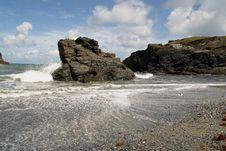 Free Rocky Beach Stock Image - 1490491