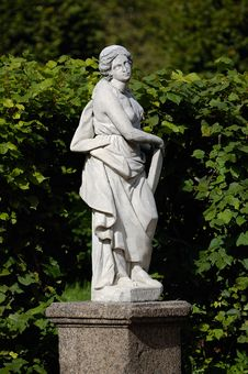 Free Statue Of Woman Stock Photos - 1490733