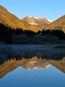 Free Morning Mountain Reflections Stock Images - 1495854