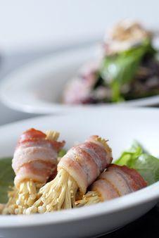 Free Bacon With Enoki Mushroom Stock Photo - 14902240