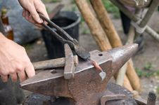 Free Blacksmith At Work Royalty Free Stock Photography - 14902567