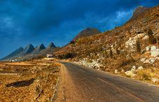 Free Mountain Road Stock Photos - 14902773