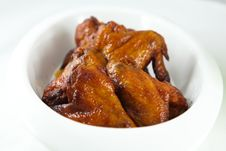 Free Roast Chicken Wings Royalty Free Stock Photography - 14904117