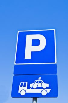Free Prohibited Parking Metal Sign Stock Photography - 14904422