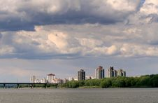 Free Sity On River Stock Photography - 14905132