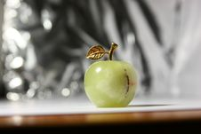 Free Green Artificial Apple On The Metal Background Royalty Free Stock Photo - 14905285
