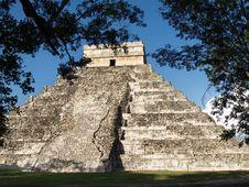 Free Pyramid Maya Stock Image - 14906891
