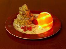Free Tne Moon Setting Cake. Royalty Free Stock Image - 14910746