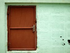 Free Red Door Royalty Free Stock Photos - 14911128