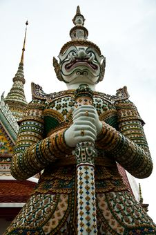 Free Thai Giant Statue Royalty Free Stock Images - 14911419