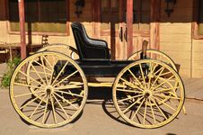 Free Old Black Carriage Stock Photography - 14913272