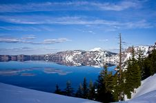 Free Stunning Crater Lake Royalty Free Stock Images - 14914399