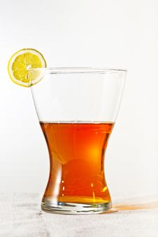 Free Slice Of Lemon In Glass Royalty Free Stock Images - 14914749