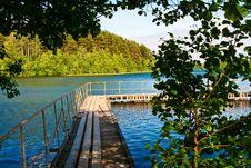 Free Summer Lake. Stock Image - 14917421