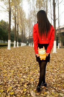 Free Beautiful Girl Walking On Defoliation Royalty Free Stock Photography - 14921077