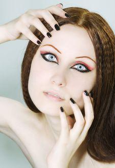Free Woman With Black Nail Polish And Dark Make-up Royalty Free Stock Images - 14924559