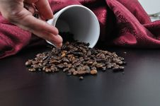 Free Coffee Granules On Black Table Stock Images - 14924844