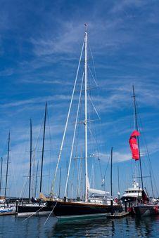 Free Sailboats At A New England Dock Stock Photo - 14926430