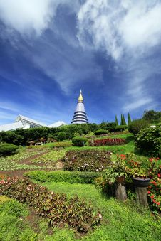 Free Thai Pagoda Royalty Free Stock Images - 14935059
