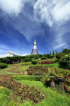 Free Thai Pagoda Royalty Free Stock Images - 14935059