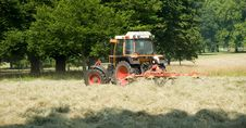 Free Tractor Royalty Free Stock Photography - 14935587