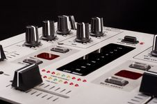 Free Dj Mixer Royalty Free Stock Photo - 14935775