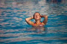 Free Woman In Pool Royalty Free Stock Image - 14938326