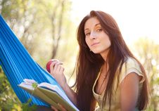 Free Relaxing In A Hammock Royalty Free Stock Photos - 14940568