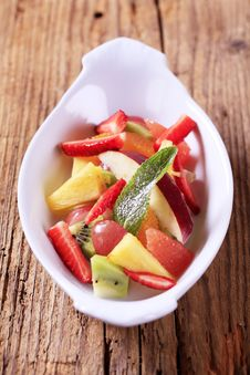 Free Fruit Salad Royalty Free Stock Images - 14940719
