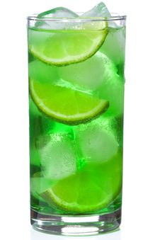 Free Green Alcoholic Cocktail With Lime Royalty Free Stock Images - 14949549