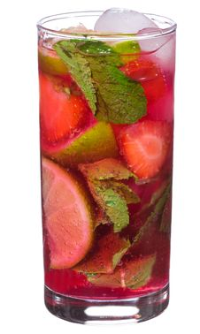 Free Cocktail With Lime, Strawberry And Mint Royalty Free Stock Image - 14949596