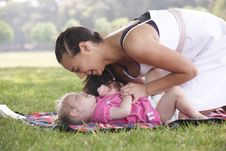 Free Mother Playing With Daughter Royalty Free Stock Photos - 14950168