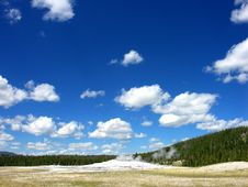Free Old Faithful, Yellowstone National Park Royalty Free Stock Image - 14950376