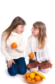 Free Two Little Girls With Fruit On White Royalty Free Stock Image - 14952626